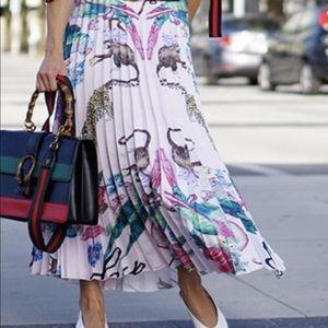 ISO H&M skirt